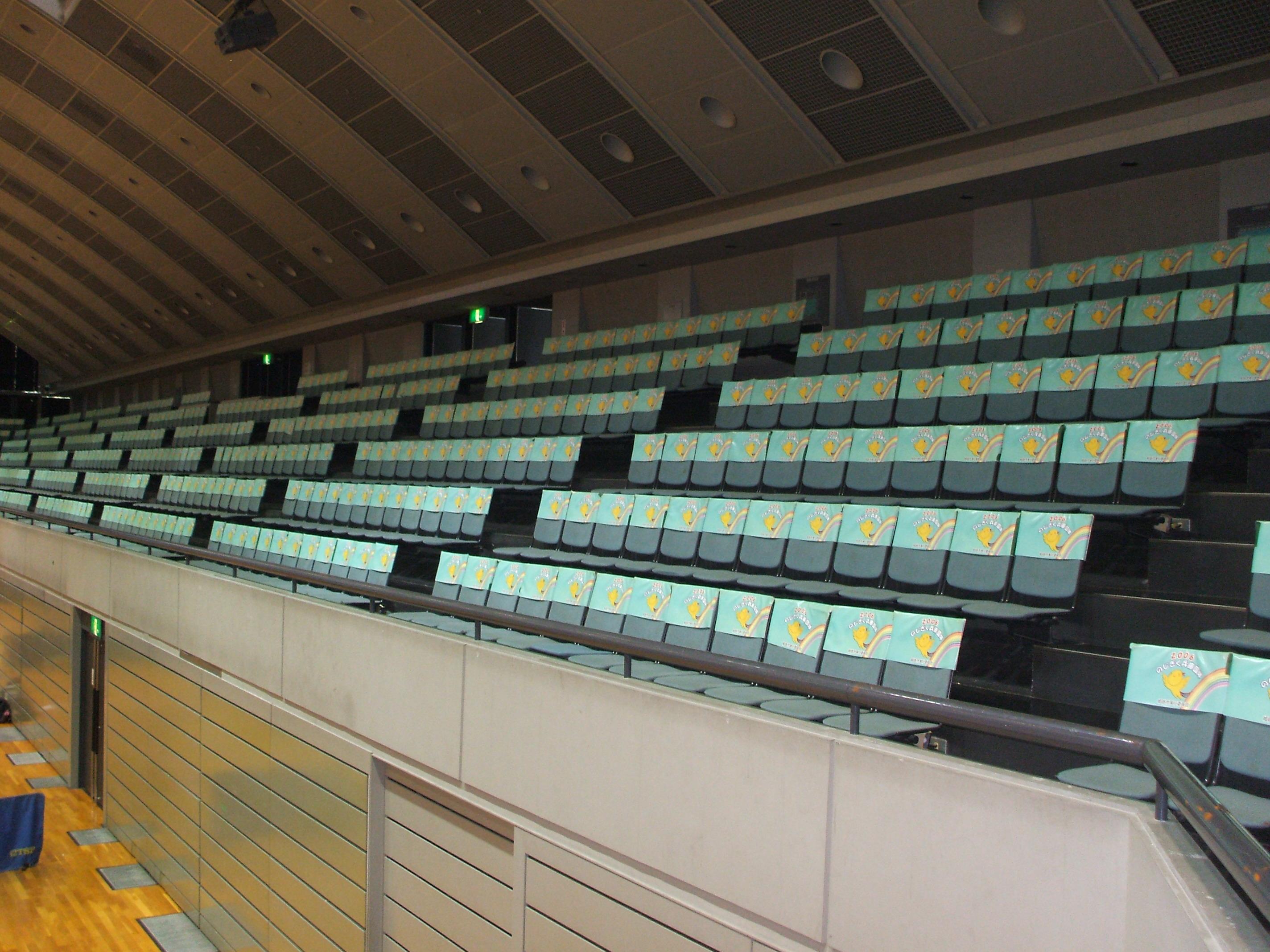 ヴィクトリーナ・ウインク2階観覧席画像