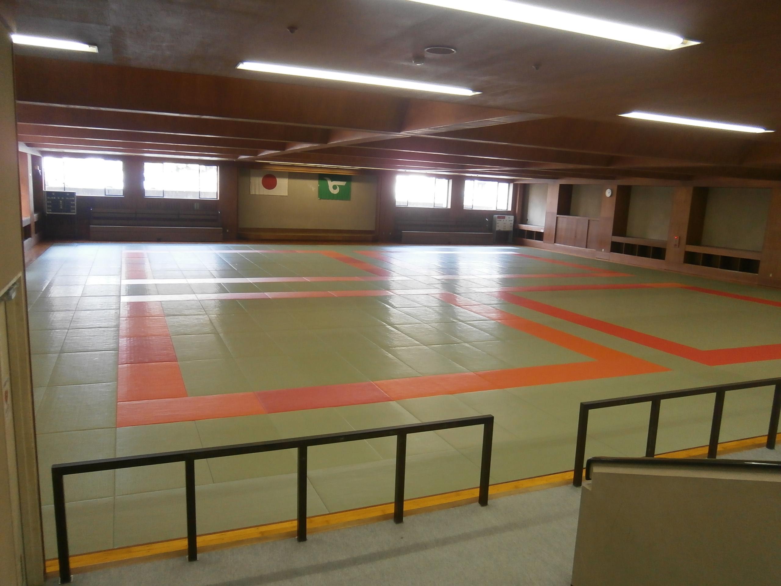 総合スポーツ会館柔道場画像